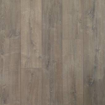 Colossia 9 X 80 X 10mm Oak Laminate Flooring In Providence Oak Laminate Flooring Laminate Flooring Oak Laminate