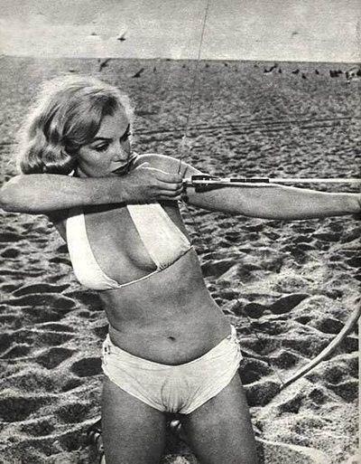 Marilyn Monroe Bikini Pictures - Marilyn Monroe Pictures | Vida de ...