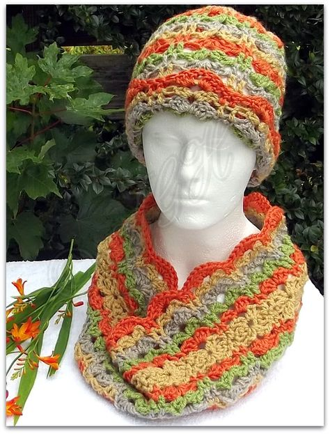 AG Handmades: Mother and Daughter Autumn Cowl and Hat