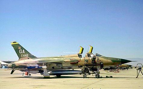 31 Ideeën Over F105 Thunderchief Vliegtuig Luchtmacht Straaljagers