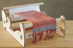 What is a rigid-heddle loom? What makes a rigid-heddle different from other looms? How do I set up the loom for weaving? What kinds of yarns can I use? I have no idea what all those words mean!