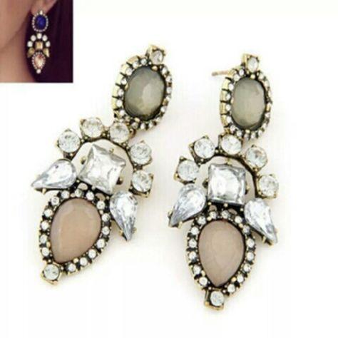 Long tan Chandelier earrings Long tan  fashion earrings  BRAND NEW no brand Jewelry Earrings