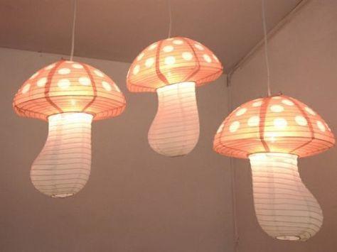 Cool paper lanterns in the shape of mushrooms! How very Alice In Wonderland. Mushroom Lights, Mushroom Decor, My New Room, My Room, Alice In Wonderland Bedroom, Wonderland Party, Deco Kids, Style Deco, Kids Lighting