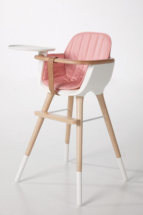 Ovo by Micuna high-chair // Design, quality, Exclusivity for your baby Eames Chair Replica, Best High Chairs, Best Baby High Chair, Baby Necessities, Dream Baby, Baby Supplies, Baby Needs, Baby Time, Baby Furniture