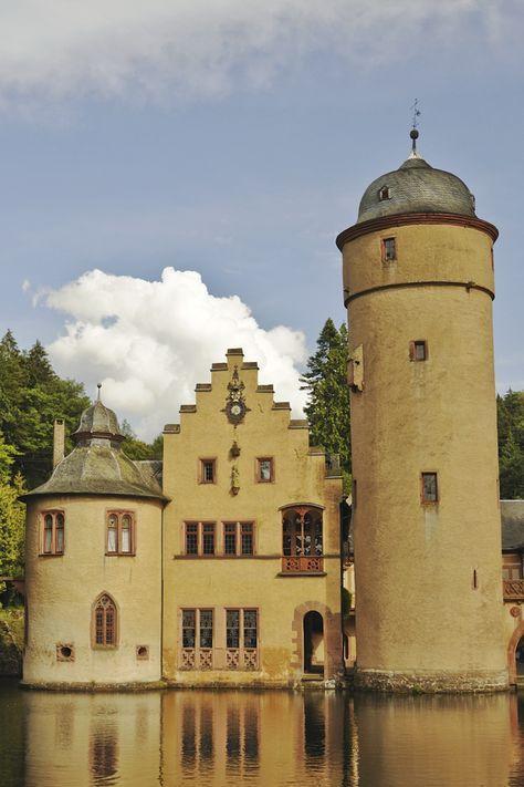 Die 16 Schonsten Schlosser Und Burgen Deutschlands Skyscanner Deutschland Burg Schlosser In Bayern Reisen