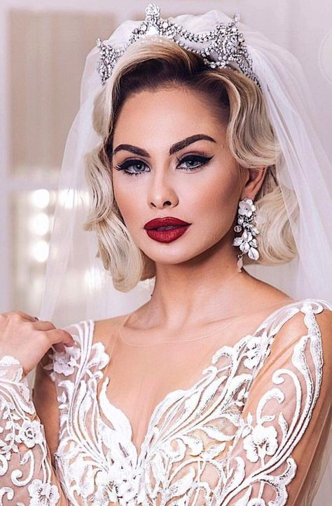 pretty and attractive wedding makeup ideas for stylish brides 5