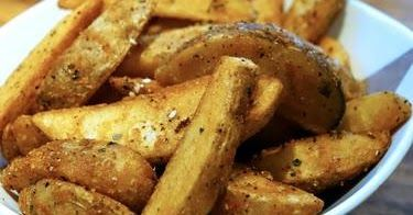 Cara Buat Kentang Wedges Rangup Tapi Lembut Di Dalamnya Resep Makanan Kentang Kentang Panggang