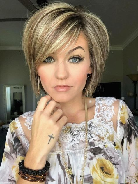 35 Elegant Names Of Short Haircuts For F Hair Beauty In 2020 Short Hair Styles Thick Hair Styles Short Hair With Layers