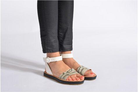 Clarks Romantic Moon Zwart Sandals | Clarks, Sandals, Shoes