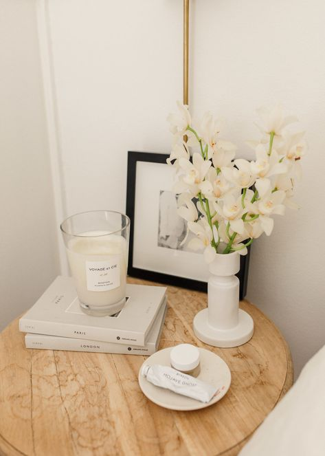 Bedside Table Styling, Bedside Table Decor, Bedside Tables, Room Ideas Bedroom, Home Bedroom, Bedroom Decor, Bedroom Sets, Bedrooms, California Bedroom