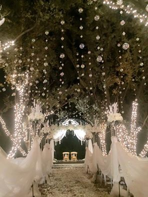 A Winter Wonderland Wedding At Padua Hills Theatre In Claremont Ca Created By Carols