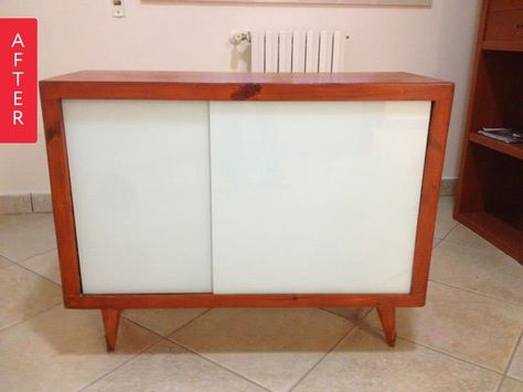 Credenza Con Puertas De Cristal : Before & after: unbecoming cabinet becomes new credenza furniture