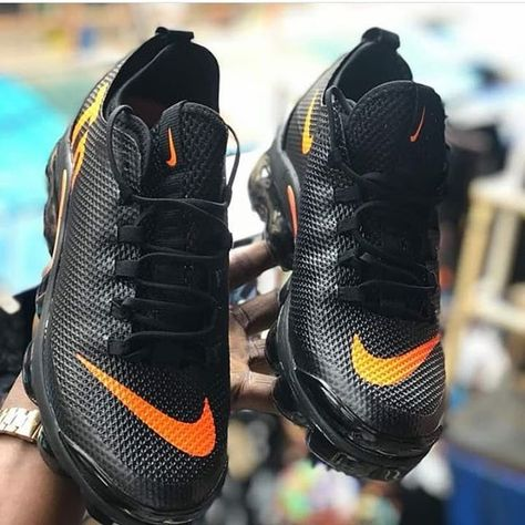 9c648734c01 NIKE TN VAPORMAX PLUS AVAILABLE Price  25000 Comes with full box Nationwide  delivery Call or WhatsApp  08066644635  kicks mart   nigerianuniversity   Nigeria ...