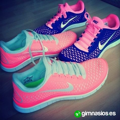 rosa #lila #azul #fosforito #colores #bambas #running