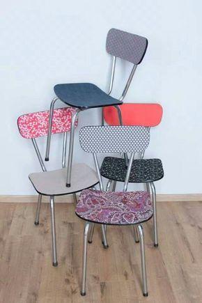 Assemblage De Chaises En Formica Tout En Couleurs Relooker Meuble Relooking Meuble Mobilier De Salon