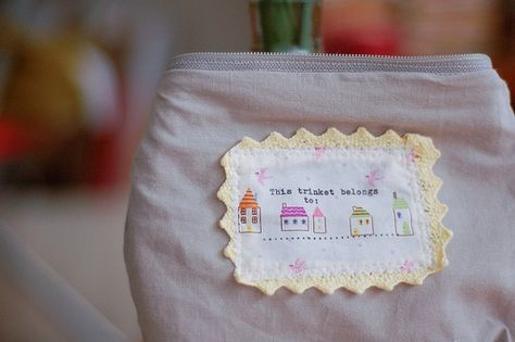 name tag! & lining! this organic cotton sews like a *dream*
