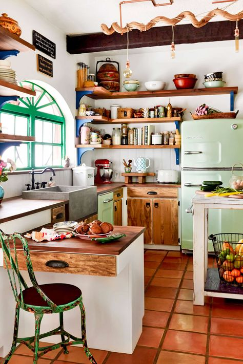 The Case for Butcher Block Kitchen Countertops eclectic kitchen with green fridge and wooden cabinets Eclectic Kitchen, Kitchen Interior, Quirky Kitchen, Bohemian Kitchen, Cozy Kitchen, Kitchen Wood, Awesome Kitchen, Modern Retro Kitchen, Vintage Kitchen Cabinets