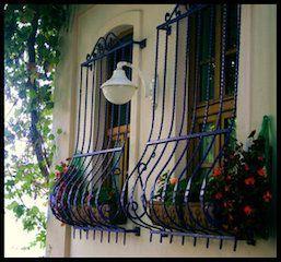 Resultado De Imagen De Forja Ventanas Wrought Iron Window Boxes Wrought Iron Design Iron Windows