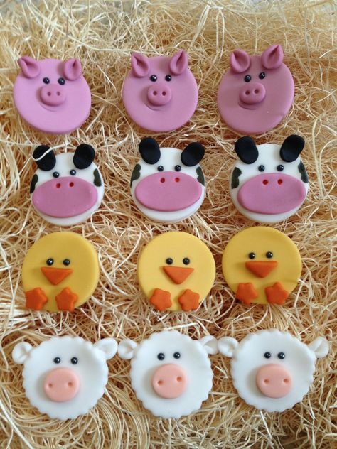 24 icing cake toppers decorations Watercolour farm animals sheep pig cow