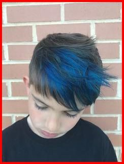 50 Blue Hair Highlights Ideas Blue Highlights Are Becoming More And More Popular As People Become More Ad Hair Highlights Blue Hair Highlights Cool Hair Color