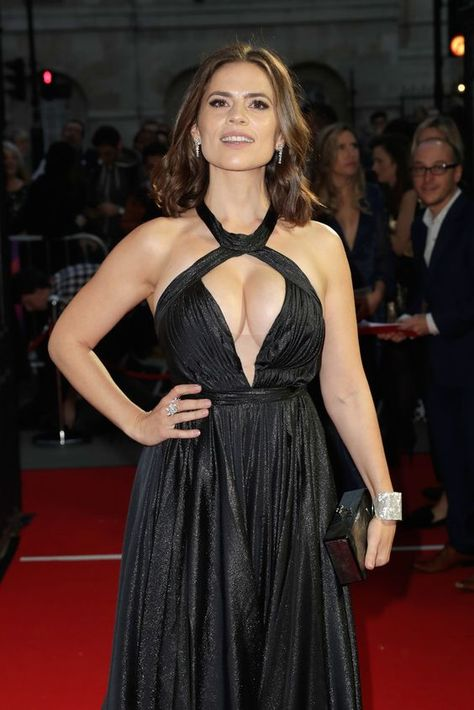 Hayley Atwell Sexy (33 Photos) | #TheFappening | dikoross.ru
