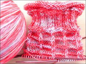 Pin Von Alexandra Niessalla Auf Socken Stricken Socken Stricken Stricken Und Hakeln Handgefarbtes Garn