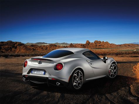 Alfa Romeo 4c Launch Edition 1152 X 864 Wallpaper Carros Alfa