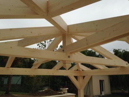 kiosque en bois carre ossature tenon