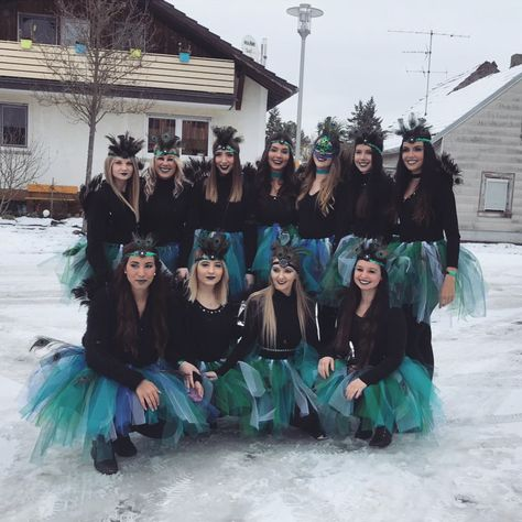 Pfau Kostüm selber machen Inspiration & Accessories: Peacock Costume Make Up for groups