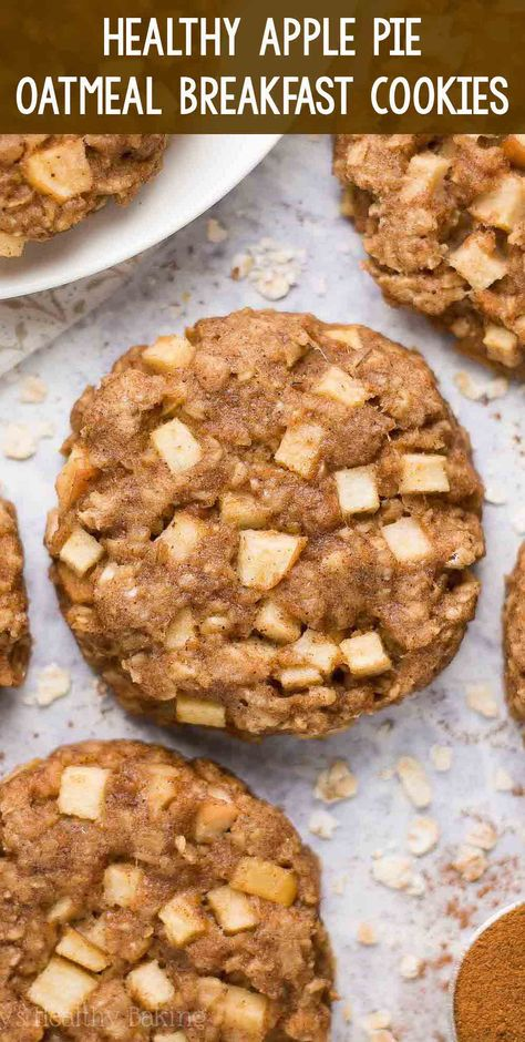 apple pie Healthy Apple Pie Oatmeal Breakfast Cookies only 71 calories! Soft, chewy & so easy to make! Perfect for kids & quick grab-and-go breakfasts! (And they freeze well too! Oatmeal Breakfast Cookies, Apple Breakfast, Clean Eating Breakfast, Grab And Go Breakfast, Healthy Breakfast Cookies, Healthy Breakfast For Kids, Healthy Oatmeal Cookies, Oatmeal Snack Recipe, Breakfast With Apples