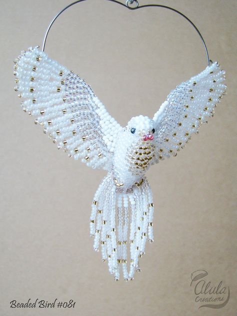 Judy Model / White Dove Suncatcher, Window Decor, Beaded Bird Ornament, Bird Necklace, Bird Lover Gift, Bird Figure, 3D Beaded Bird / BB081