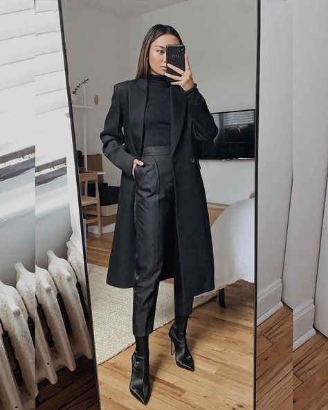 20 Amazing office outfits for 2020 Style Outfits, Mode Outfits, Office Outfits, Classy Outfits, Fall Outfits, Casual Outfits, Aesthetic Fashion, Aesthetic Clothes, Look Fashion