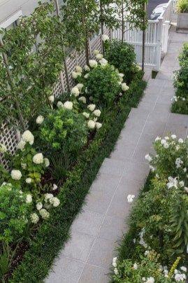 Mesmerizing Side Yard Landscaping Design Ideas To Perfect Your Garden Design 33 Taman Interior