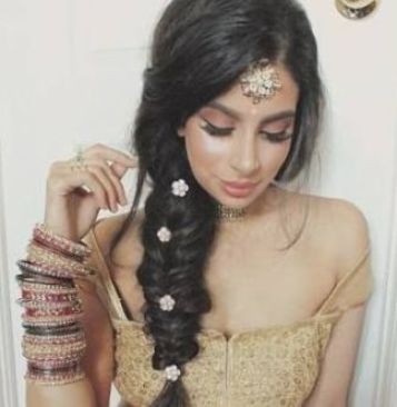 54 Ideas For Hairstyles Indian Party Hairstyles In 2020 Indian Hairstyles Indian Wedding Hairstyles Hair Styles
