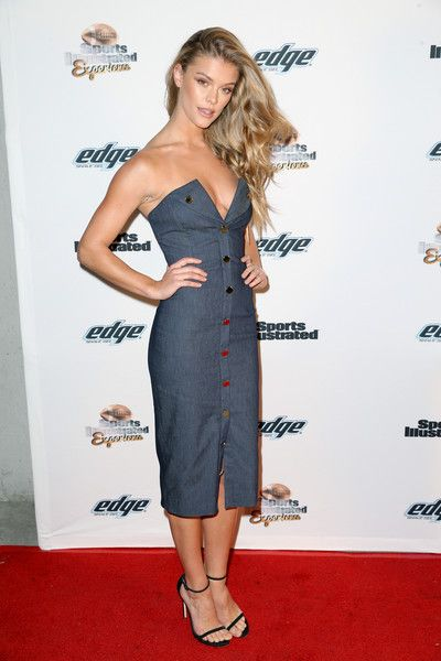 Model Nina Agdal attends the Sports Illustrated Experience Friday Night Party on February 5, 2016 in San Francisco, California.
