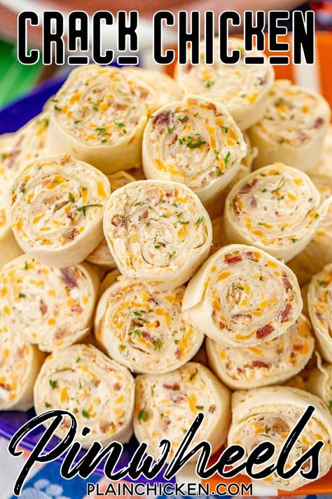Crack Chicken Pinwheels - Cream cheese, cheddar, bacon, ranch and chicken wrapped in a tortilla. So simple to make with rotisserie chicken. Finger Food Appetizers, Yummy Appetizers, Appetizers For Party, Appetizer Recipes, Snack Recipes, Cooking Recipes, Finger Foods For Parties, Food For Parties, Camping Appetizers