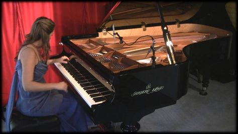 Amy Janelle performs Behind The Moonlight at Piano Haven Studio - Shiger...