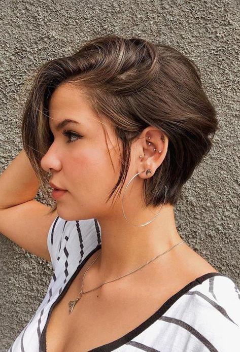 25 Pixie Haircuts 2020 That You Shouldn't Miss - Shop Beo Shaved Hair Women, Half Shaved Hair, Shot Hair Styles, Curly Hair Styles, Short Afro Hairstyles, Pixie Haircuts, Modern Bob Hairstyles, Shaved Hairstyles, Bob Hair Color