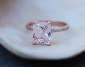 Blake Lively ring Peach Sapphire Engagement Ring emerald cut 18k rose gold diamond ring 3.2ct Peach champagne sapphire ring