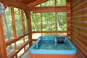 Bent Creek Cabins Hot Tub Room Decks Backyard Hot Tub