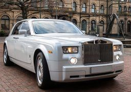 Platinum Wedding Car Hire Bradford Are Delighted To Offer Our Customers In The Area A Stunning Selection Of Chauffeur Driven Cars