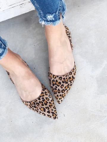 Selena. Leopard print pointed toe flats