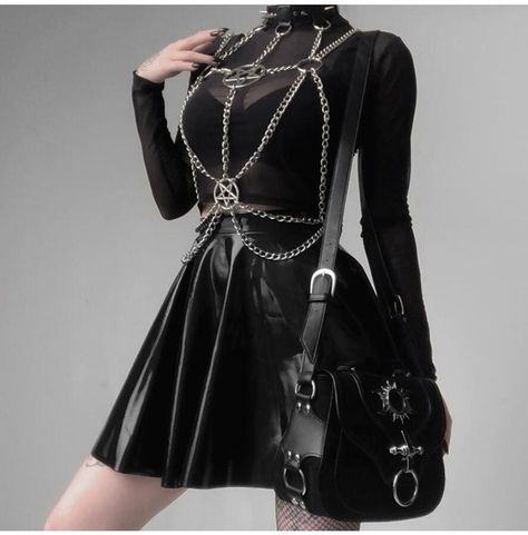 Gothic Outfits, Edgy Outfits, Fashion Outfits, Cute Outfits, Corset Outfit, Sexy Corset, Gothic Metal, Ropa Punk Rock, Harajuku