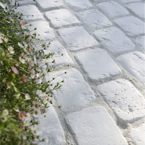 Pin By Carlo Pannaccio On Pavés/béton/pierre/bois Etc | Pinterest | Paver  Walkway, Walkways And Driveways