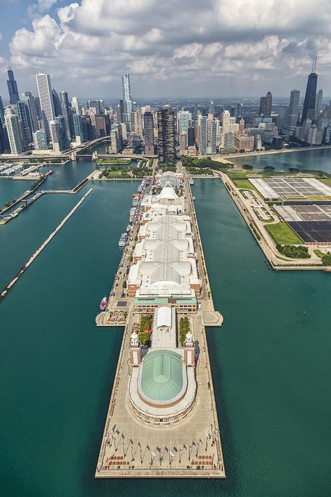 Aerial view of the Navy Pier in Chicago, Illinois.