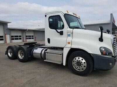 Ebay Link Freightliner Cascadia Look No Reserve And New Engine Southern Truck Freightliner Cascadia New Engine Freightliner