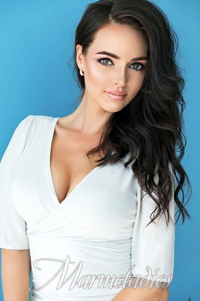 a pretty woman russian dating