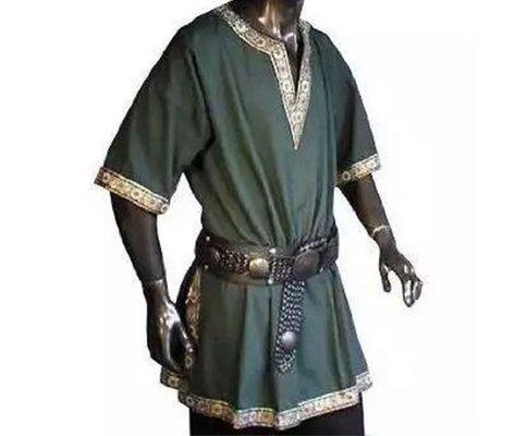 Medieval Clothing Men, Medieval Tunic, Moda Medieval, Viking Tunic, Medieval Costume, Medieval Fashion, Medieval Knight, Medieval Belt, Steampunk Clothing