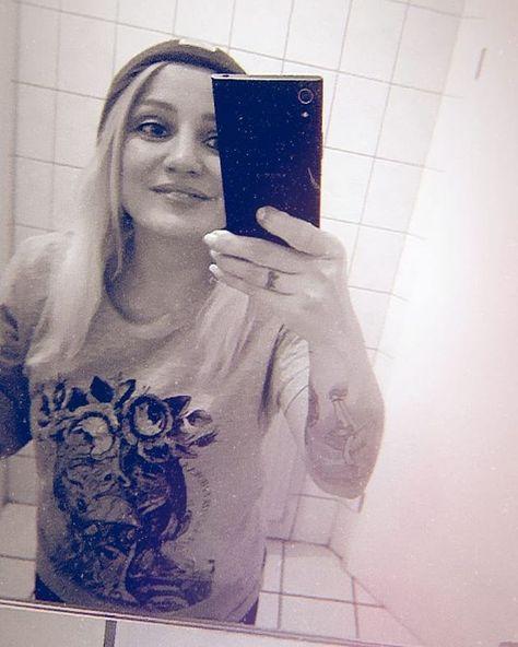 #happy #worldwomensday  #bewhoyouare #trustinyou #dreambig #selflove #youarebeautiful #feminism #feminist #bestrong #youcandoit #theworldisyours #girlpower #absordium #vintage #vintagestyle #inked #inkedgirl #tattooedgirls #occult #mythology #alchemy #anatomy