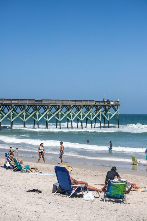 With so much to do and see you maybe be wondering exactly how to spend 2 days in Wrightsville Beach, North Carolina… and our complete travel guide can help! Check it out on our blog. #WrightsvilleBeach #NorthCarolinaBeaches #BeachVacation #FamilyVacationIdeas #USBeaches #USRoadTrip #FamilyTravel